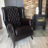 Ledersessel Lyon Chesterfield in Interieur.